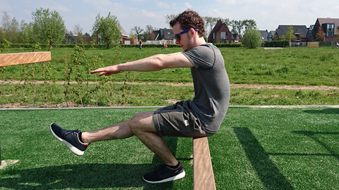 hoe doe je een pistol squat